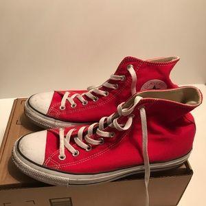 Converse Men's Size 10.5 All Star Chuck Taylors